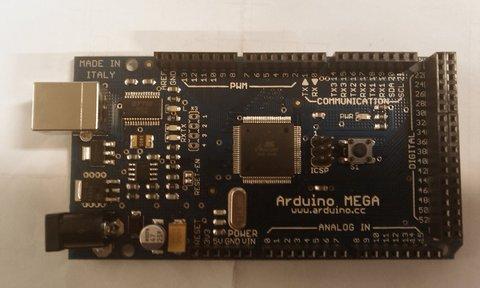 Du nouveau chez Arduino, le kit Arduino Mega.