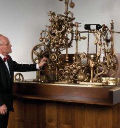 The corkscrew : L'incroyable machine à deboucher et servir le vin.