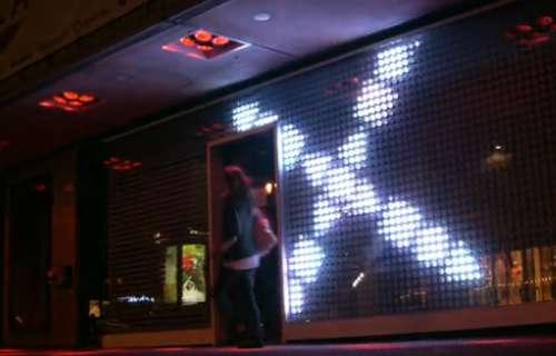 Un mur de vitrine interactive à base de LED