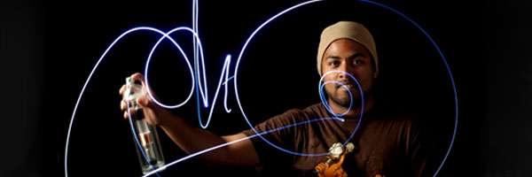 Faites des graffitis avec un aérosol à LED.
