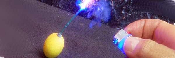 Ajoutez une fonction laser à votre briquet.