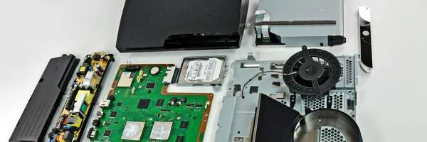 Guide de démontage de la Playstation 3 Slim.