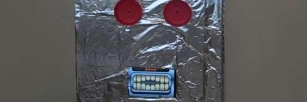 Fabriquer un masque de robot avec votre Iphone.