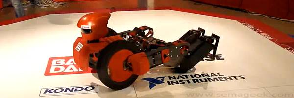 OmniZero.9 : Un robot Transformers hallucinant.