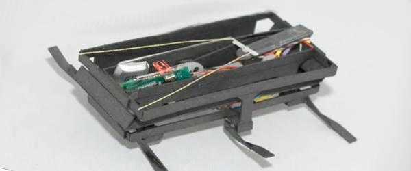 Un robot cafard rapide et miniature.