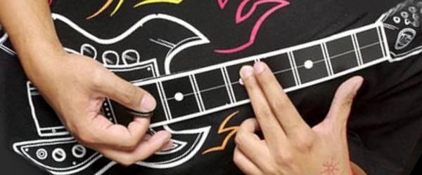 Rock'n'Roll : Des Tee-shirts pour jouer de la musique.