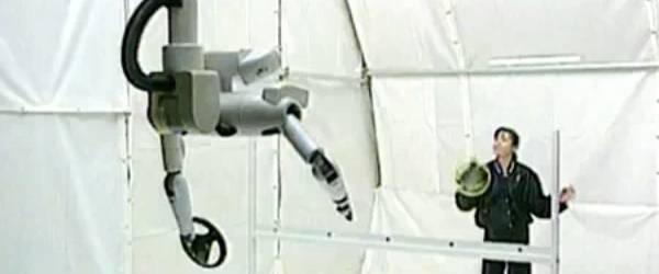 Le robot qui joue au volley par Toshiba.