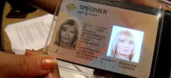 La nouvelle génération de carte d'identité : RFID et OLED technologie.