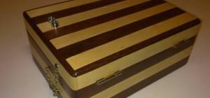 Buzzle : Un coffre qui s'ouvre avec le bon code Morse.