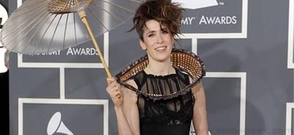 Imogen Heap : Une Robe Twitter au Grammys Awards
