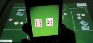 Une table de Poker numérique et tactile contrôlée par téléphones mobiles