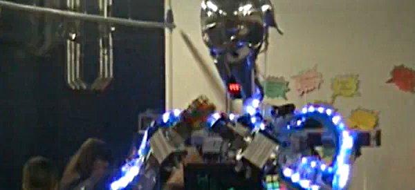 Vidéo : Un aperçu bien robotique de la UK Maker Fair 2010