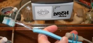 Brush-duino : Brossez vous les dents en musique avec un kit Arduino