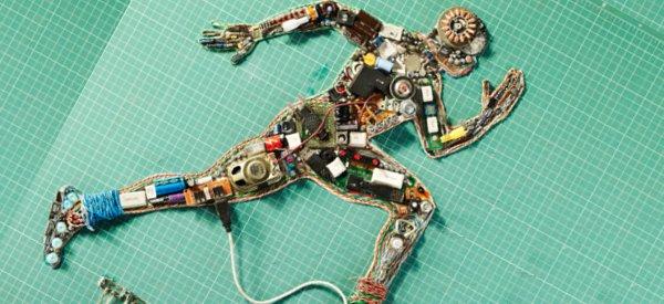 Une campagne de pub originale avec des pieces détachées électroniques