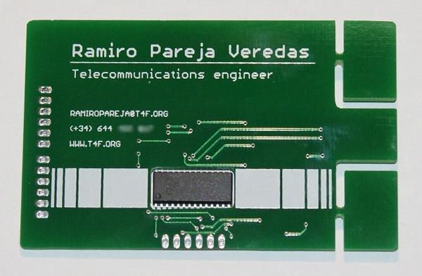 Une Carte De Visite USB En Circuit Electronique Originale