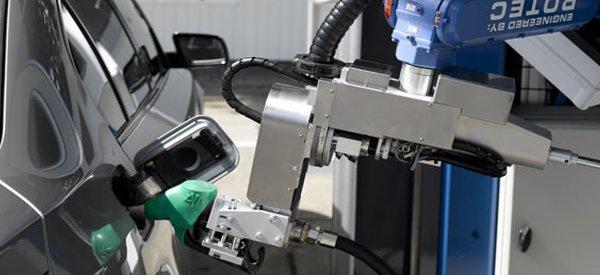 TankPitStop : Le robot qui fait le plein d'essence à votre place.