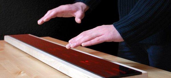 Air Piano : Un instrument de musique infrarouge sans touches