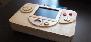 Case Mod : Une console Nintendo NES portable en bois.