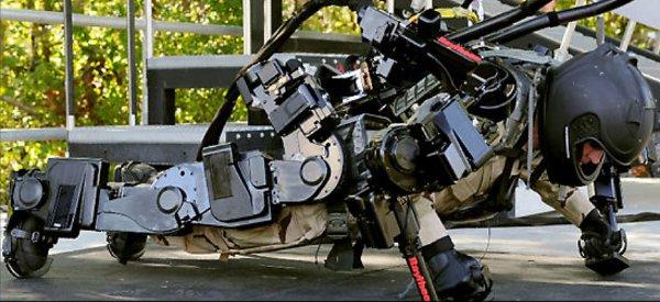 Vidéo : Découverte de l'exosquelette XOS 2 de Raytheon Sarcos