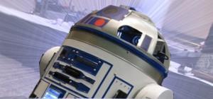 Un robot R2D2 qui contient 10 consoles, un PC et un projecteur