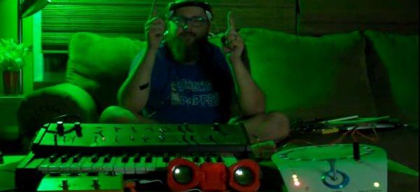 Teletron : Jouer du synthétiseur avec votre esprit