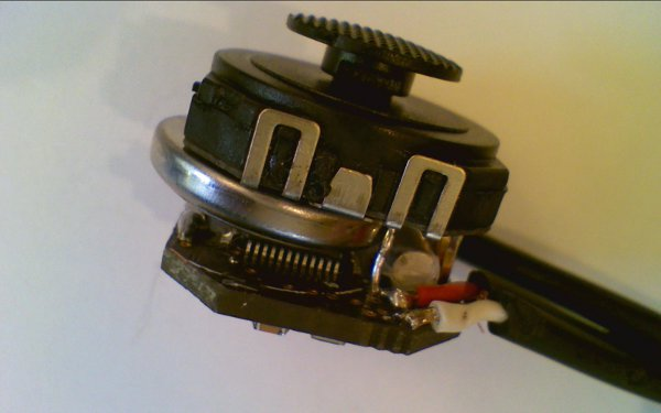 DIY : Fabriquer une RBox, La plus petite console de jeux vidéos pour télévision