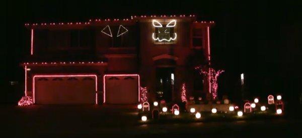 Halloween : La maison qui interprète Thriller en son et lumière