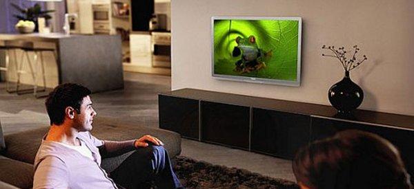 Philips lance une télévision écologique en Europe avec une télécommande solaire