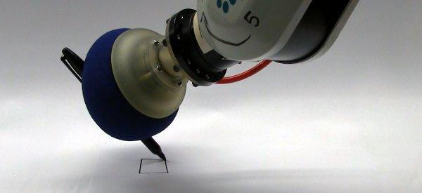 Un système de main de robot universelle pour agripper les moindres objets.