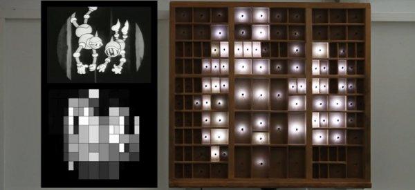 Type Case : Transformer une étagère en oeuvre d'art numérique