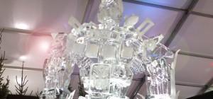 Transformers : Une magnifique sculpture de Optimus Prime en glace
