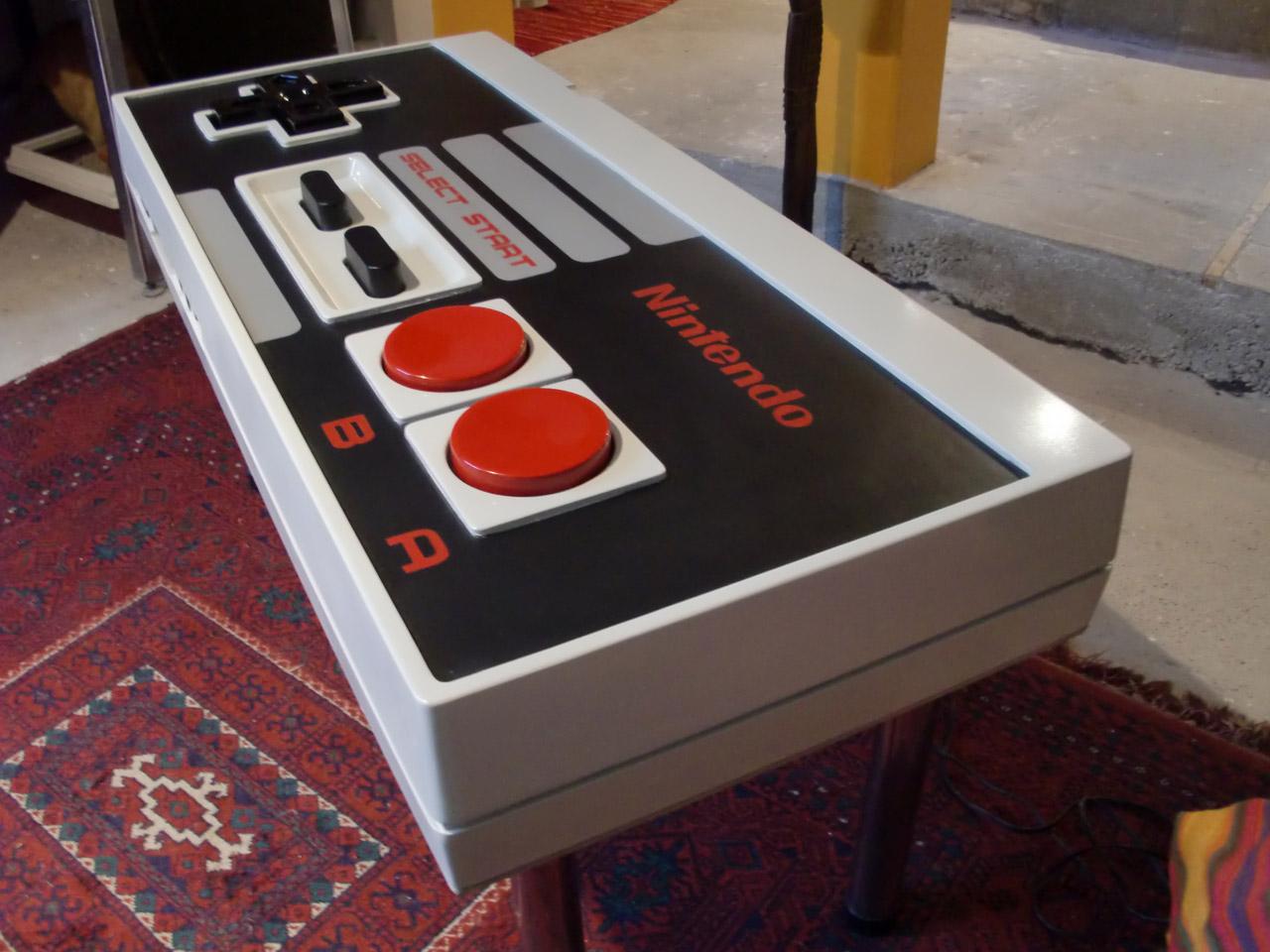 Table basse manette de Nintendo NES