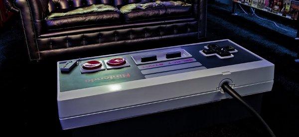 10UpDeluxe : La fabrication DIY d'une table basse Nintendo NES en version deluxe