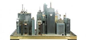 Des sculptures de villes miniatures réalisées avec des vieux composants technologiques