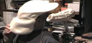 DIY : Un costume Animatronic de Predator piloté par Arduino et un Nunchuck