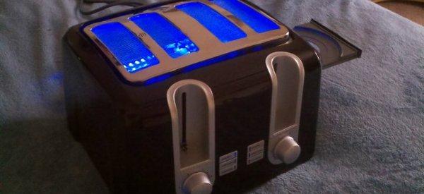 XToaster360 : Une XBox 360 intégrée dans un grille pain