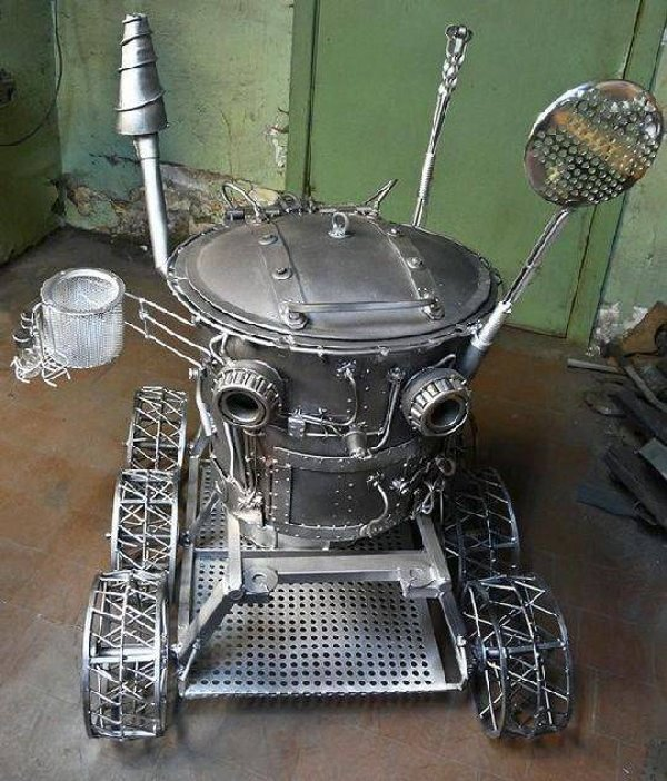 robot grill le robot barbecue au design steampunk semageek. Black Bedroom Furniture Sets. Home Design Ideas
