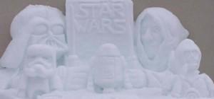 Détente : Des sculptures Star Wars réalisées avec de la neige