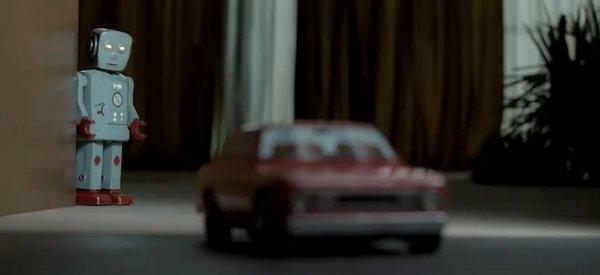 """Vidéo : Une pub pour Audi A4 TDI e """"Advanced Edition avec des robots"""