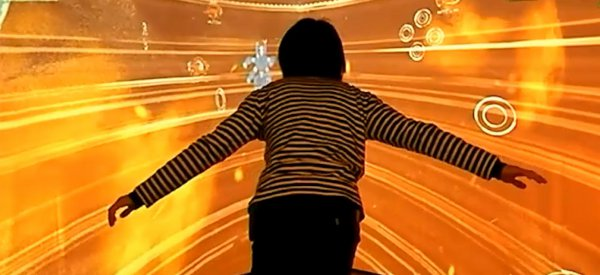 "Une immersion dans le cyberespace de ""Ghost in the Shell : S.A.C."" avec un Kinect"