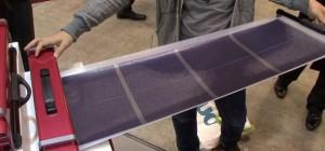 Un système portable et déroulable d'alimentation à énergie solaire