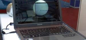 Samsung présente un portable avec un écran LCD transparent.