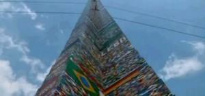 La plus grande tour en LEGO du monde réalisée à Sao Paolo au Brésil