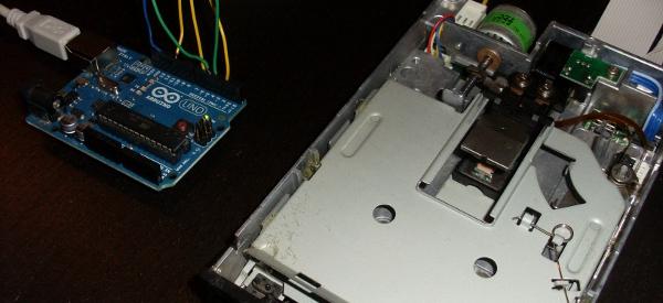 DIY : Comment faire de la musique avec un lecteur de disquette et un Arduino