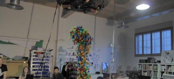 Inductance : une expérience avec un électro-aimant géant et des balles magnétiques