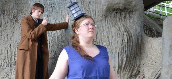 DIY : Fabriquer un chapeau pour disparaitre comme le Tardis