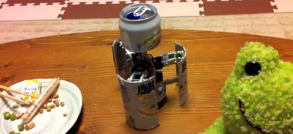 Transformers IRL : Un robot qui se cache dans une canette de bière