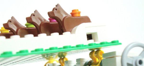 Une course de chiens aléatoire en LEGO