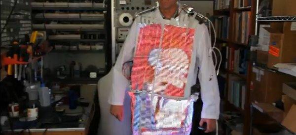 Video Coat : Le manteau qui fait office de télévision à LED