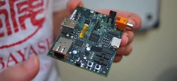 Raspberry Pi présente la version Alpha de l'ordinateur miniature à moins de 20€